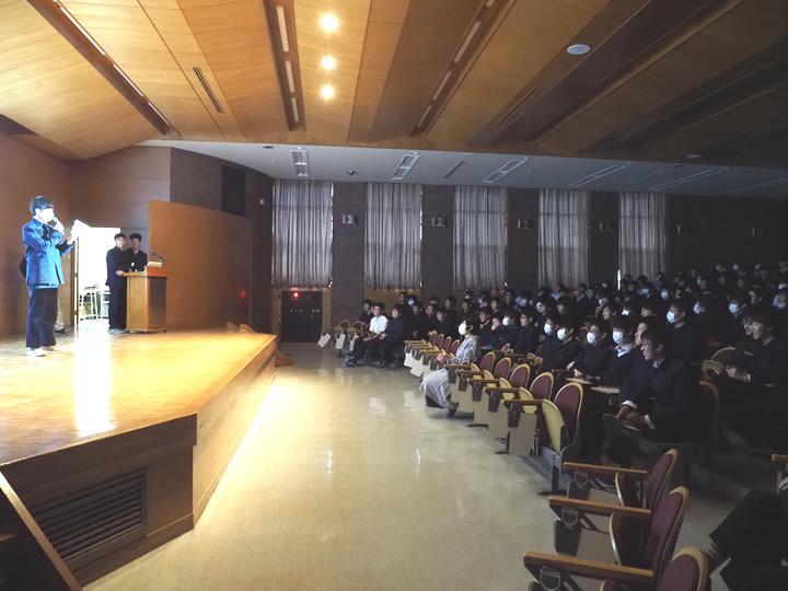 駒場東邦高等学校画像